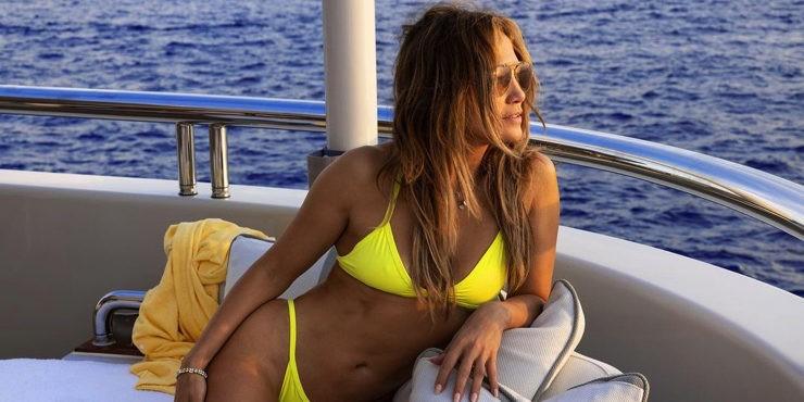 Из сердца вон: Дженнифер Лопес отписалась от бывшего в Instagram