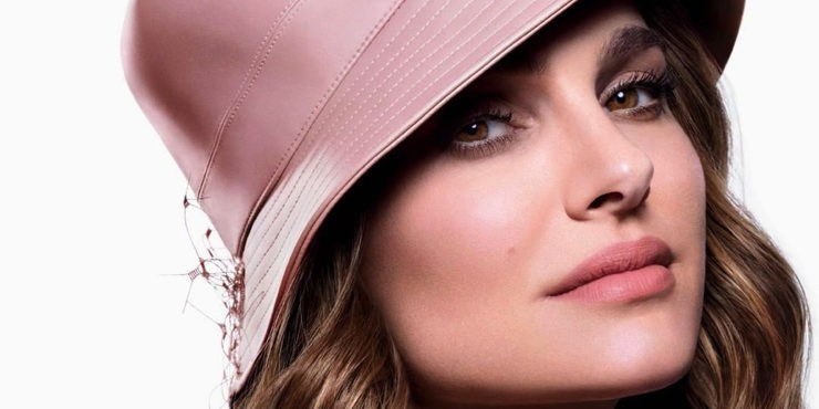 Натали Портман снова стала лицом культового парфюма Dior