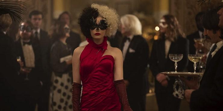 Передумала судиться: Эмма Стоун снимется в сиквеле «Круэлла»