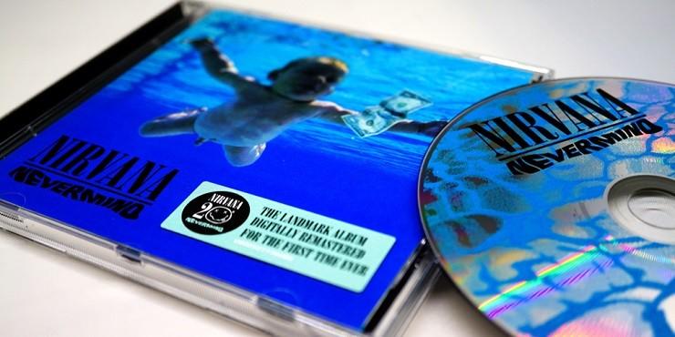 Малыш с обложки альбома Nevermind группы Nirvana обвинил музыкантов в распространении «детской порнографии»