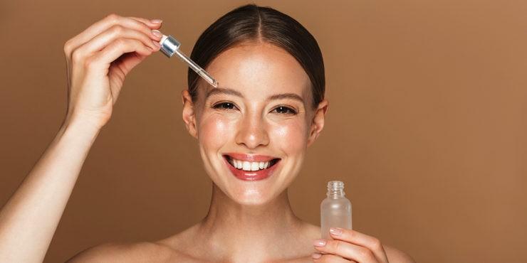 Косметические масла для лица: Зачем они нужны и кому подходят?