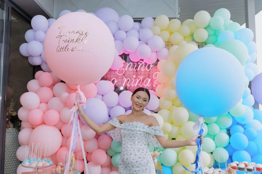 """""""Я очень за все переживала"""": Айсауле Бакытбек раскрыла подробности своей первой беременности"""