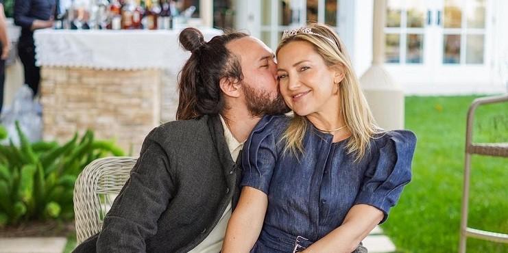 Кейт Хадсон выходит замуж: что мы знаем о ее женихе?