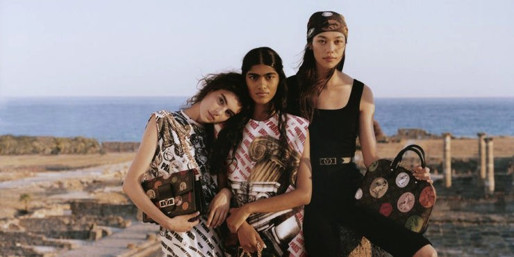 Louis Vuitton и Fornasetti выпустили самую красочную капсулу осени
