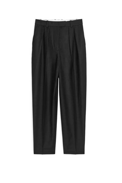 Самые стильные офисные брюки, которые должны быть у каждой