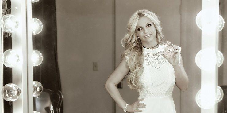 Как Кевин Федерлайн отреагировал на помолвку Бритни Спирс?
