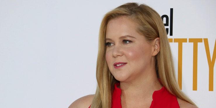 Эми Шумер перенесла операцию: Что не так со здоровьем актрисы?
