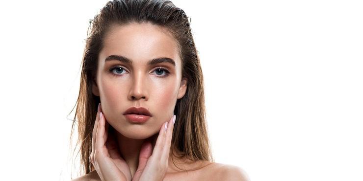 Микроблейдинг: секрет идеальных бровей или шрамы на всю жизнь?