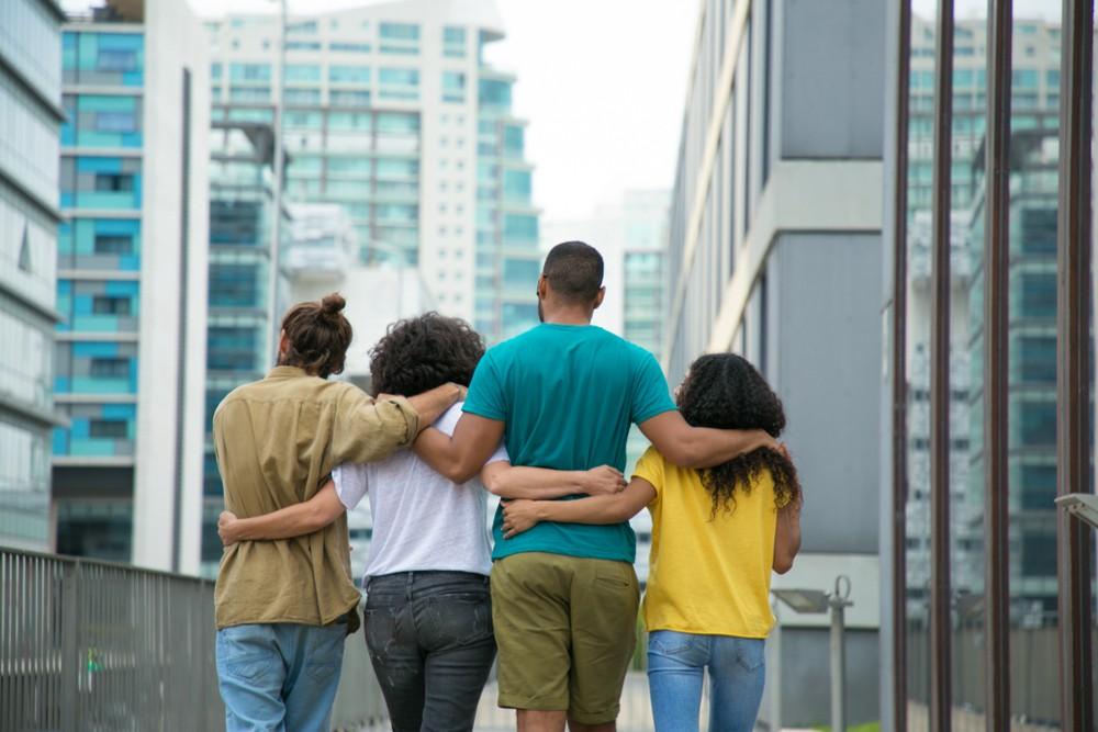 Полиамория: 4 признака того, что вы готовы к нескольким романтическим отношениям