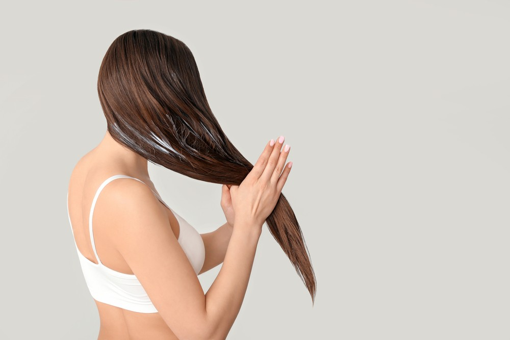 Маски для волос с кокосовым маслом: 3 простых рецепта