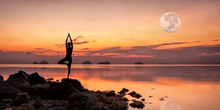 Полнолуние 21 сентября: как оно повлияет на каждый знак зодиака?
