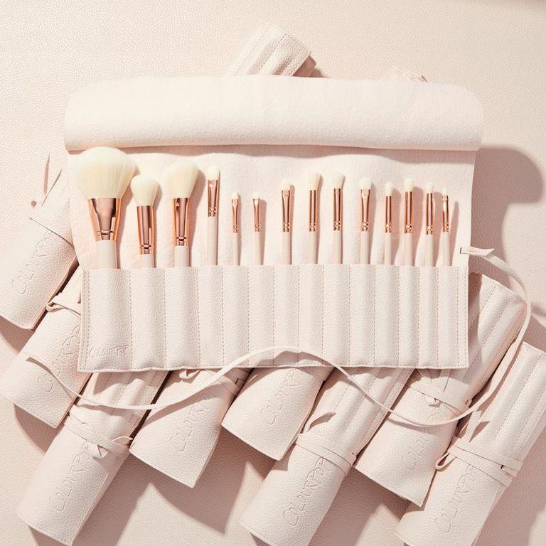 Хорошие кисти для макияжа - это то, без чего вам не обойтись в 21 веке