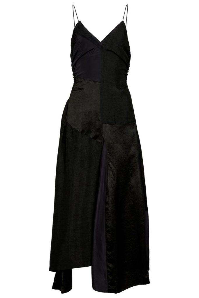 Платье-комбинация: сексуальность и минимализм в одном флаконе