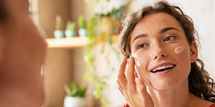 Лучшие очищающие средства для кожи: выбор редакции