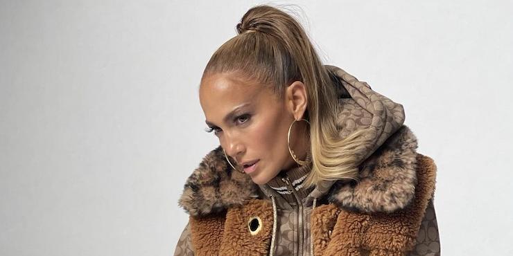 Новая коллекция Coach x Jennifer Lopez: шик, блеск и элегантность